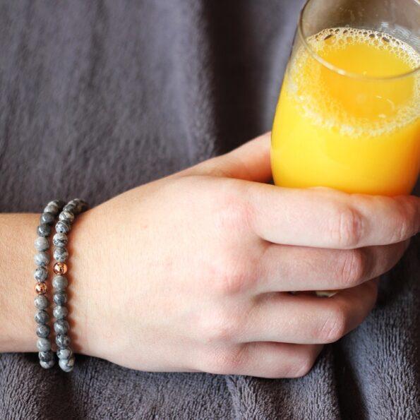 Mc Gregor Jewelry Серая Яшма на руке