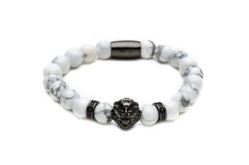 Браслет из говлита со львом от Mc Gregor jewelry